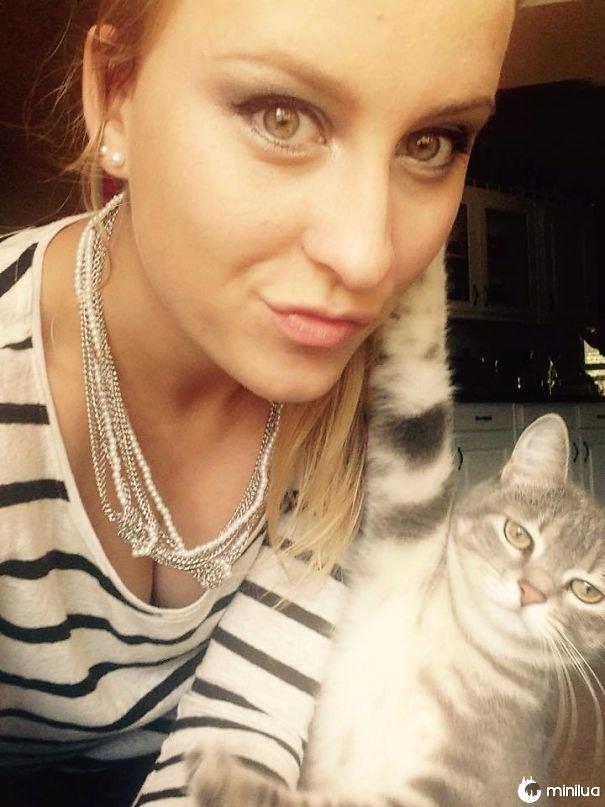 Meu GF tentou pegar uma selfie com seu gato