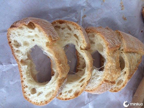Quando você fatia um pão e não pode fazer o sanduíche