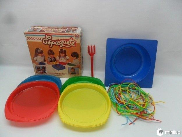 O Jogo do Espaguete, que aparentemente não faz sentido algum.