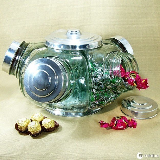 Esta bomboniére de vidro.