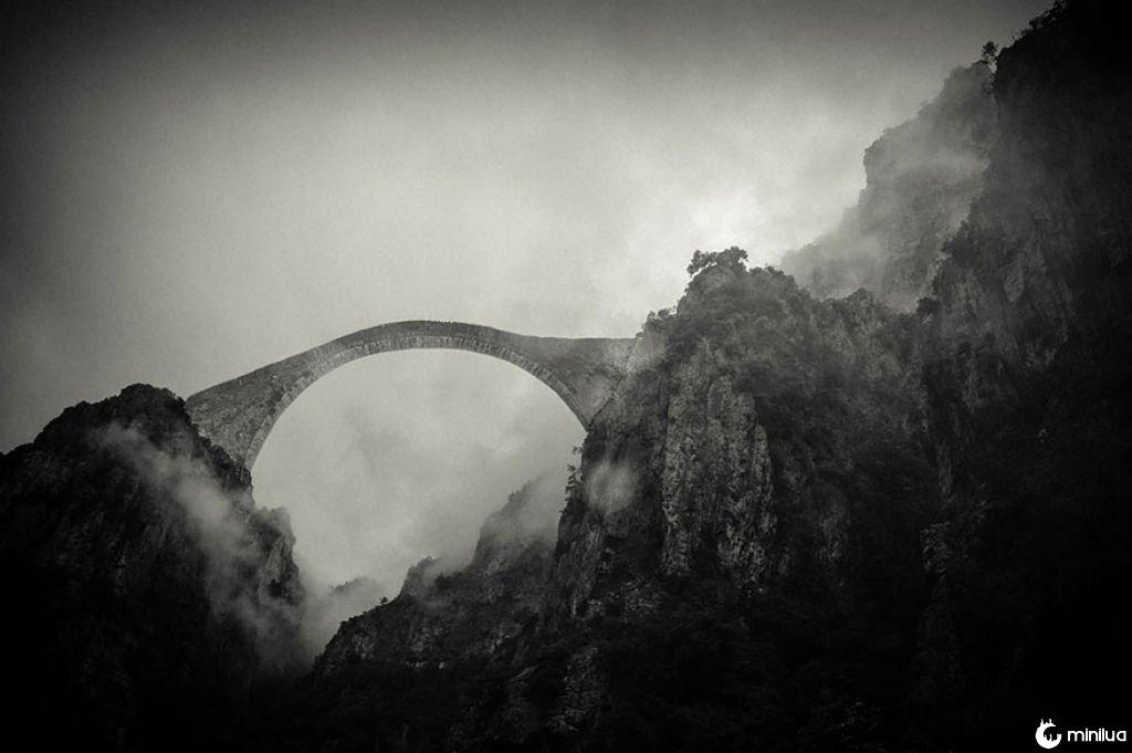30 pontes místicas que podem nos levar a um outro mundo 06