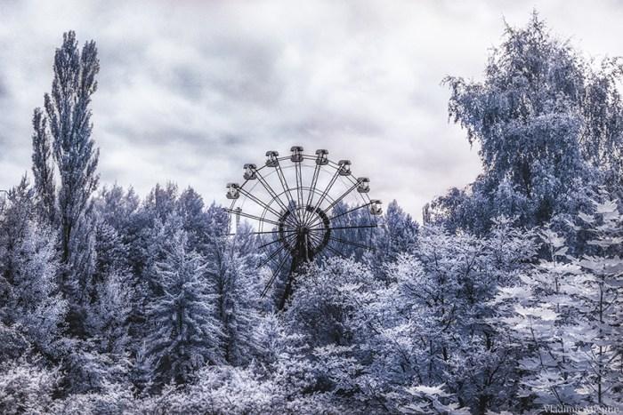 The Iconic 26 Meters Tall Ferris Wheel no Pripyat's Amusement Park