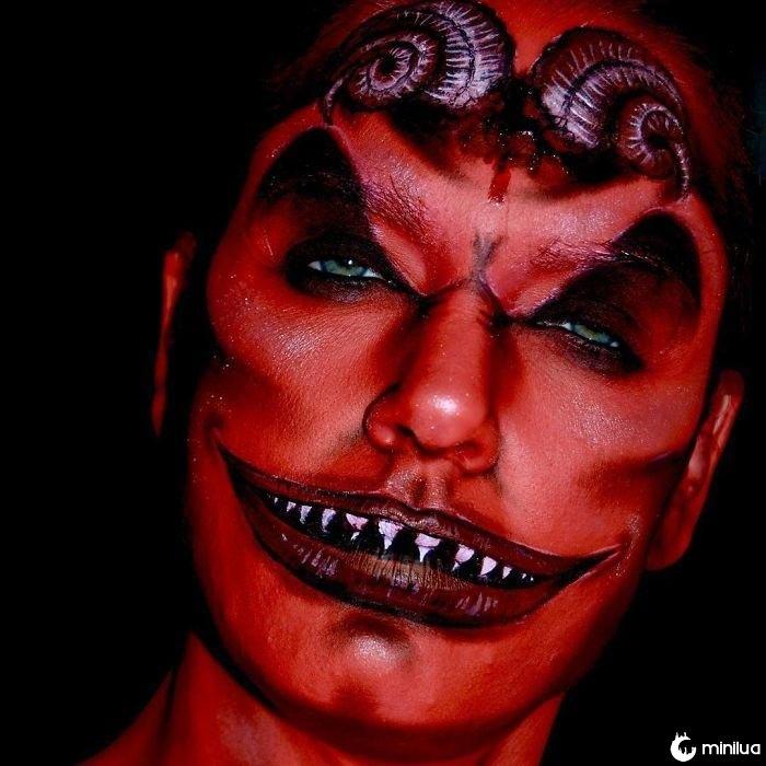 Esta maquiadora é capaz de se transformar em alguém, Samantha Staines