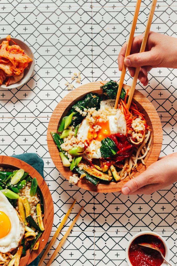 Easy Bibimbap with Gochujang Sauce