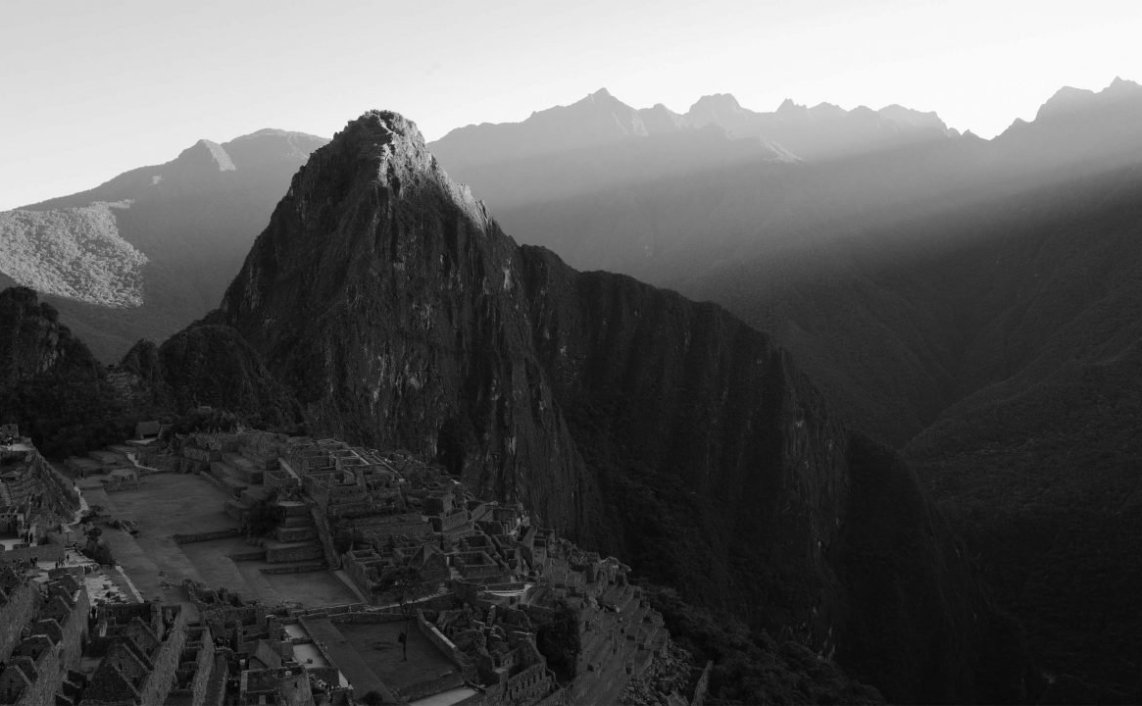 machu picchu black and white