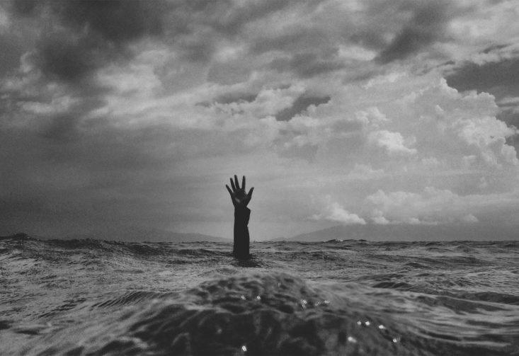 affogare nel mare