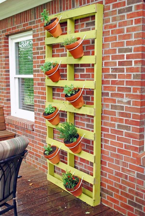 Diy Ideas How To Build A Vertical Herb Garden From A