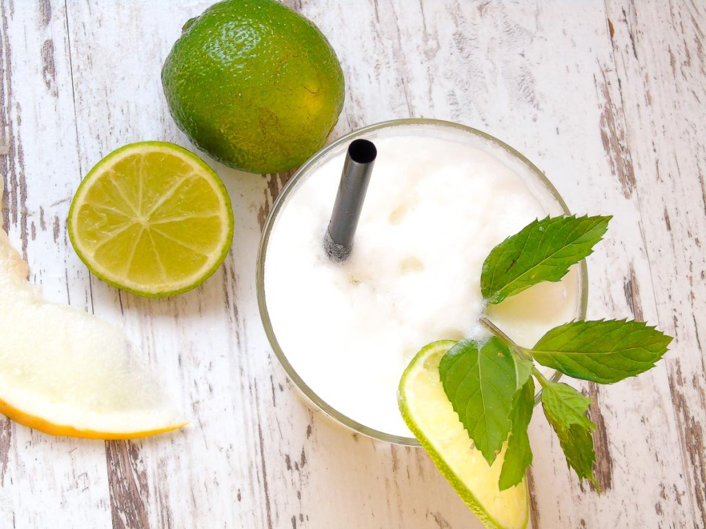 Limonade mit Honigmelone & Limette
