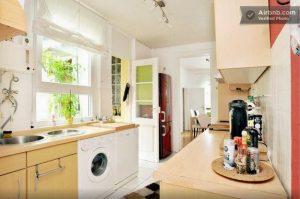 Der Zustand Der Küche Ist, Gemessen An Ihrem Alter (sie Ist Steinalt),  Eigentlich Noch Ziemlich Gut. Den Plan, Mir Eine Komplett Neue Küche  Anzuschaffen, ...