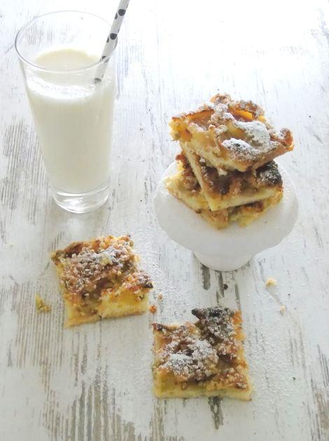 Rhabarber-Kuchen-Mandel