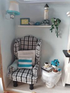 miniature kit chair