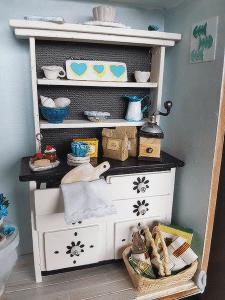 miniature kit hutch
