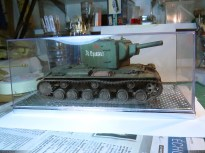 KV-2 in clear plastic presentation box