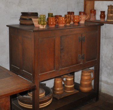 Cabinet based on this one at Weald and Downland
