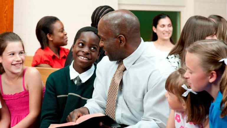 5 Ways to Show Pastor Appreciation