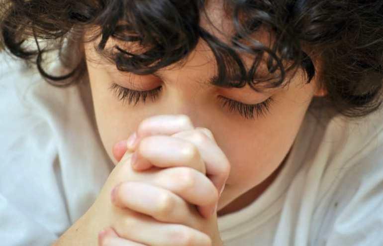 boys prays