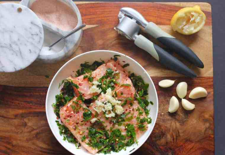 methi-garlic-salmon-ingredients