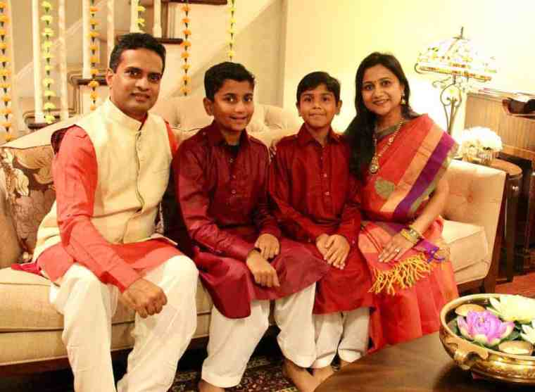 Diwali-family-picture