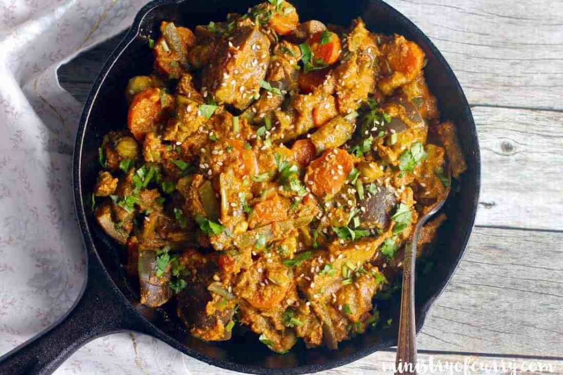 mixed vegetable curry with sesame sauce