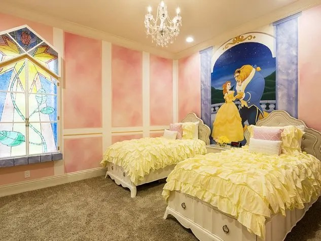 Villas fit for a princess near disney mini travellers for Belle bedroom ideas
