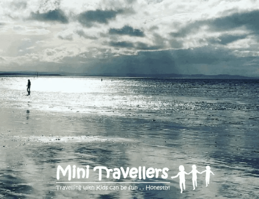 5 Last Minute Present Ideas for the Travel Obsessed Man www.minitravellers.com