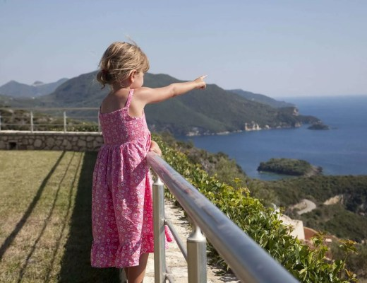 Long-term Travelling with Kids - Is it possible? www.minitravellers.co.uk