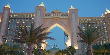 Is The Atlantis, The Palm, Dubai Family Friendly? www.minitravellers.co.uk