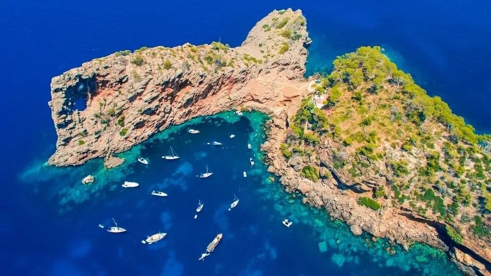 5 Reasons to Visit the Costa Brava with Kids