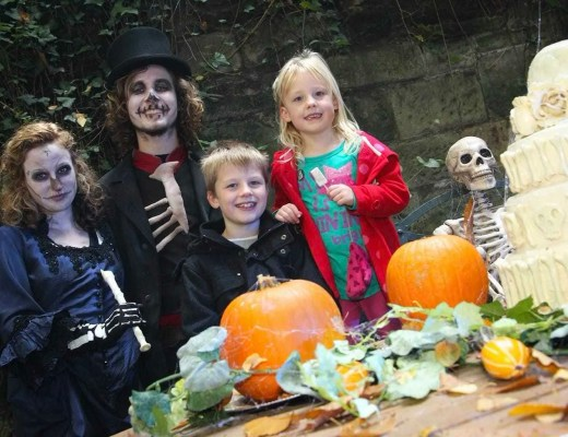 Enjoy a Hauntingly Good Half Term Day Out at Warwick Castle | WIN Family Ticket here too!