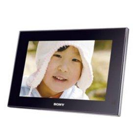 Sonyのデジタルフォトフレーム DPF-V700 & CP1