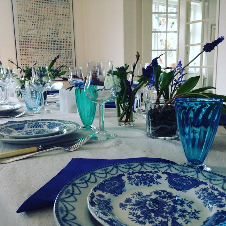 Bordet er dækket og klar til vores gæster