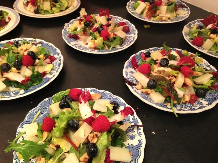"""Små """"dessert salater"""" med Manchego og bær"""