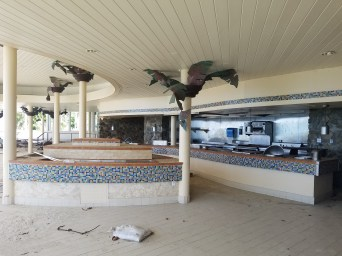 12218 destroyed caneel beach resort4