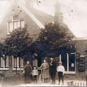 Foto's familie Vis, postkantoor Stasjonsstrjitte
