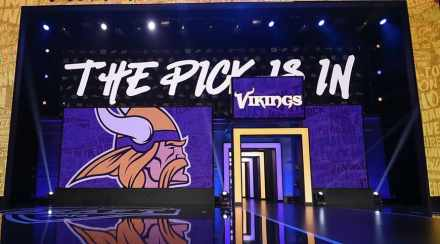 How Vikings Should Fill Top-5 Offseason Needs