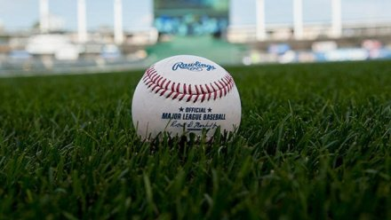 """The MLB is Using Juiced Baseballs and ESPN """"Sport Science"""" Proved It"""