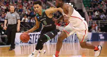 7-Footer Transfers Out So Pitino/Gophers Lock in on UND Standout for Upcoming Season
