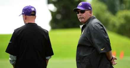 Vikings OL-Coach Tony Sparano Dies at Age 56