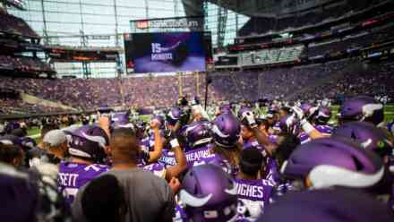 Predicting the Final 53-Man Vikings' Roster: The Offense