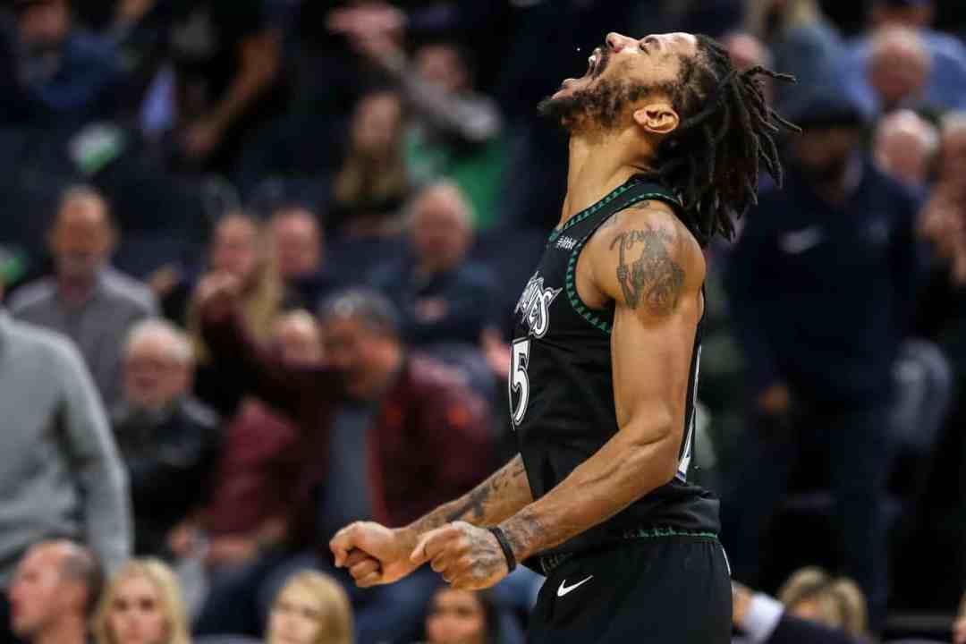 The Night Derrick Rose Inspired the Entire State of Minnesota ... 4959c0e96