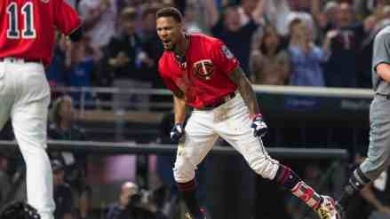 Byron Buxton Starts 2019 Spring Training with HR and 5 RBI