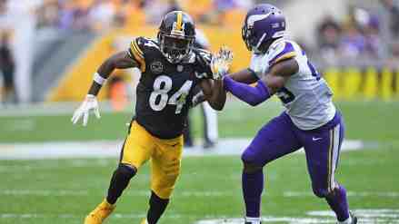 The Vikings Could Use Xavier Rhodes to Trade for Antonio Brown… but Should They?