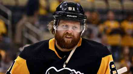 """Give Me Phil """"The Thrill"""" Kessel"""