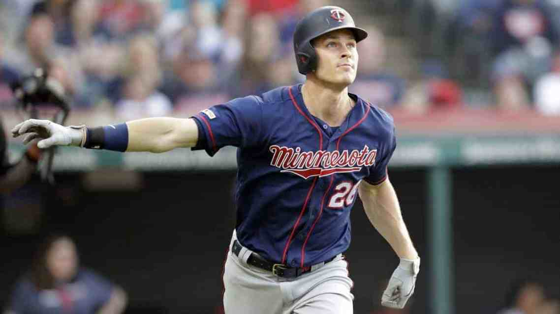 Kepler Drops 3 Bombs and Berrios Dazzles to Avoid Sweep in Cleveland