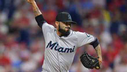 Twins Get Deadline Started; Trade for (RP) Sergio Romo