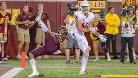Gophers Won't Adjust Clocks for Short Trip to West Coast This Weekend