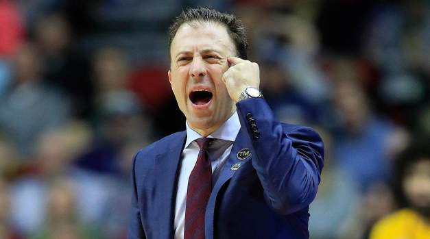 Somebody Call Donald Trump… Richard Pitino Needs a Border Wall ASAP