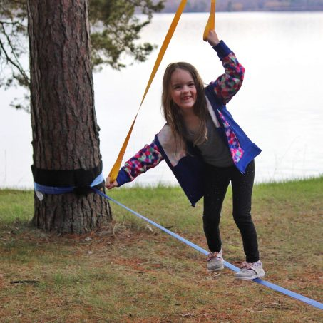 slackline set up