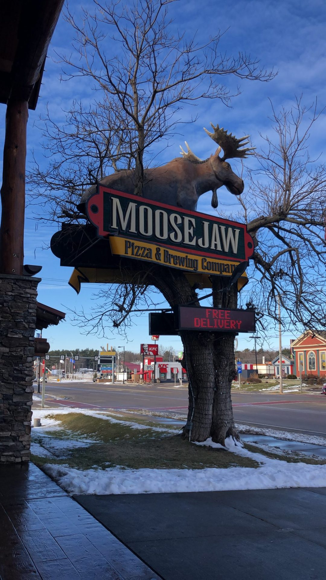 Moose Jaw Pizza Sign