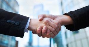 handshake_gander_shutterstock_161546201